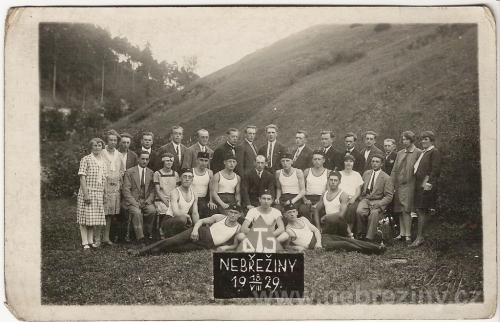 Dělnická tělovýchovná jednota v Nebřežinech 1929