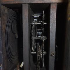 Strojek nástěnných hodin, foto Jiří Svoboda